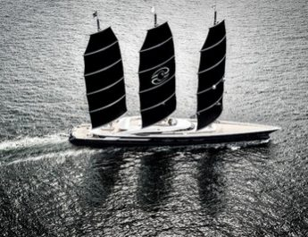 Oceanco Wins Prestigious Design & Innovation Award With 106.7m Black Pearl