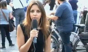 In Onda: giornalista assalita in diretta a Tarquinia