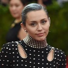 Miley Cyrus: «Com'era difficile, essere Hannah Montana»