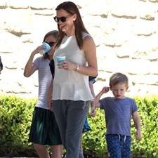 Jennifer Garner: niente anello, nuova tata