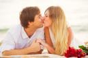 Benefici del bacio: migliora la salute dei denti