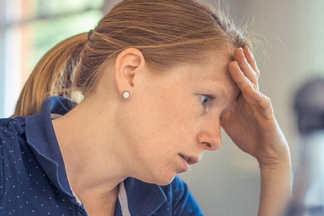 Stress da lavoro per un italiano su 10: le donne stanno peggio di tutti
