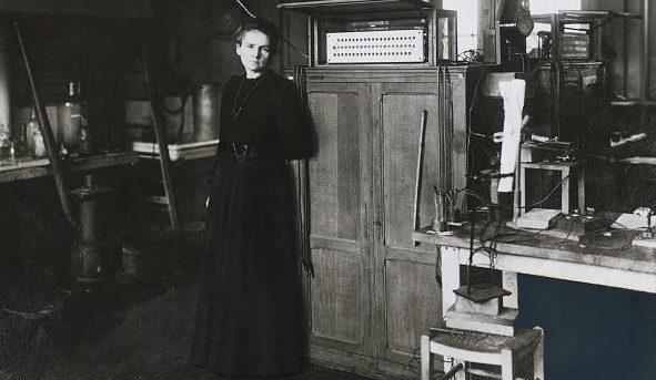 A Marie Curie venne assegnato due volte il Premio Nobel: uno per la Fisica e uno per la Chimica.