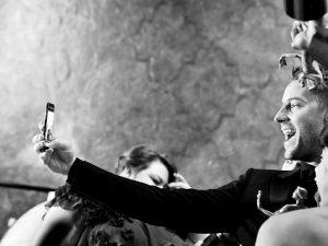 Nuova forma d'arte, denuncia politica o narrazione sociale? Le mille sfumature del selfie